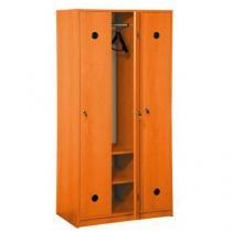Dřevěná šatní skříň Jacob, 3 oddíly, třešeň
