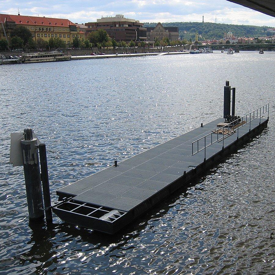 Zajišťovací šroub k podlahovým roštům