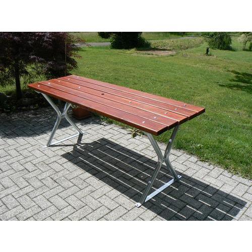 Dřevěný zahradní stůl Miguel